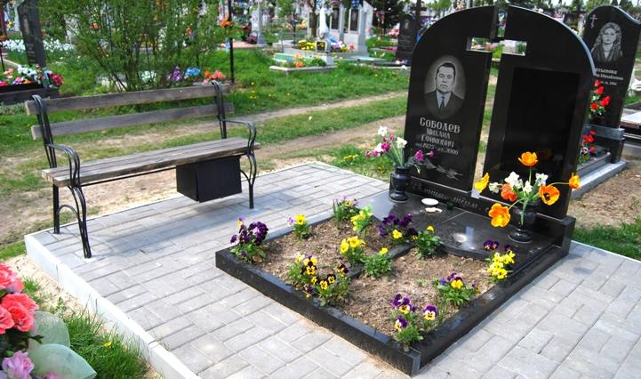 купить надгробный памятник москва