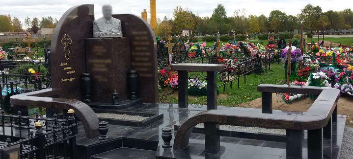 надгробные памятники на могилу