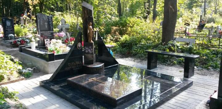 красивые надгробные памятники