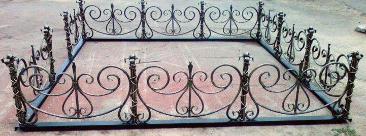 кованые ограды на могилу